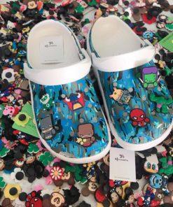 crocs camo xanh de trang